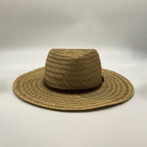 Grote hoed riet met donkerbruin leren riempje